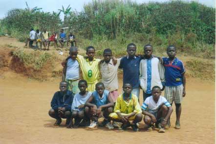 SPORT ISHOBORA GUTEZA IMPANUKA UBUZIMA BW'ISHENGERO squadra_yaounde%5B1_2003%5D