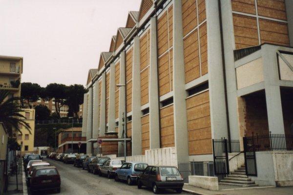 Foto immagini e cartoline della chiesa parrocchiale di for Arredamento via gregorio vii roma