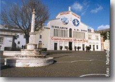 Piazzale della Chiesa di Santa Maria delle Grazie - Click per ingrandire (290 Kb - 1256x883 pixel)